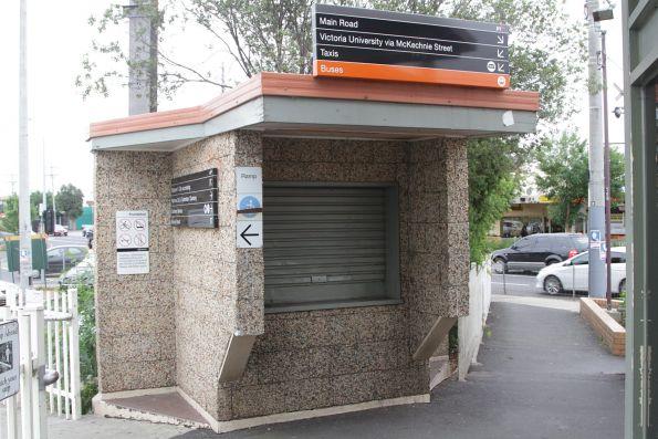 Pebblecrete clad kiosk outside platform 2 at St Albans