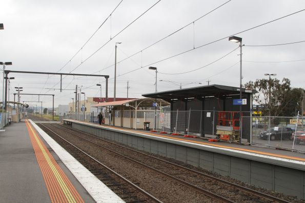 Melbourne stations and infrastructure