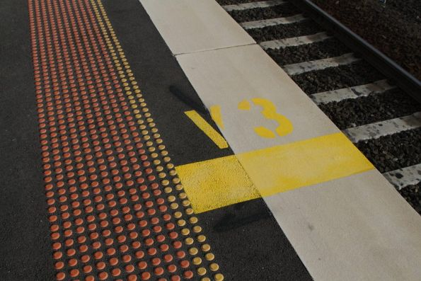 'V3' stopping mark for inbound trains at Sunshine station