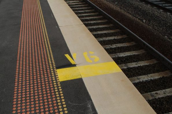 'V6' stopping mark for inbound trains at Sunshine station