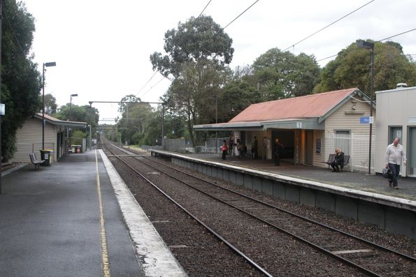 Overview of Willison station looking down the line