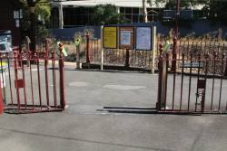 Old style platform gates permanently open at Hawthorn station