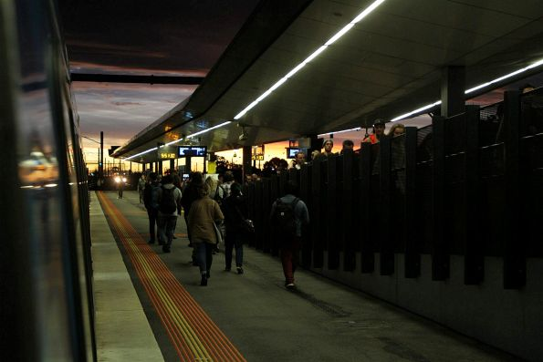 Sunset at West Footscray station