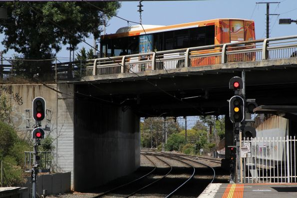 Signals MRN704 and MRN710 at the down end of Moorabbin station