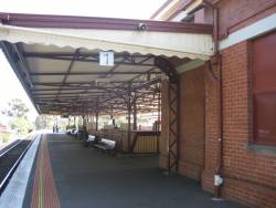 Glenferrie station platform 1 looking up