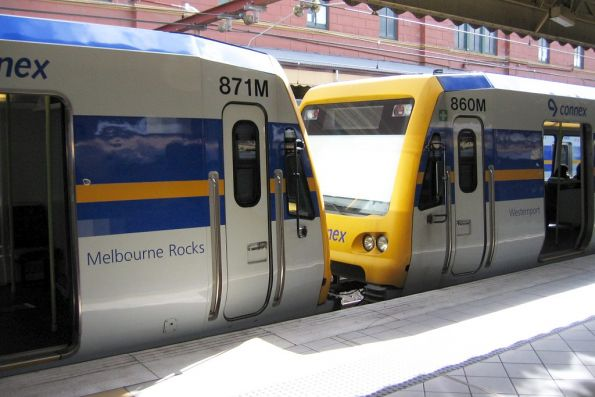 X'Trapolis trains 871M 'Melbourne Rocks' and 860M 'Westernport'
