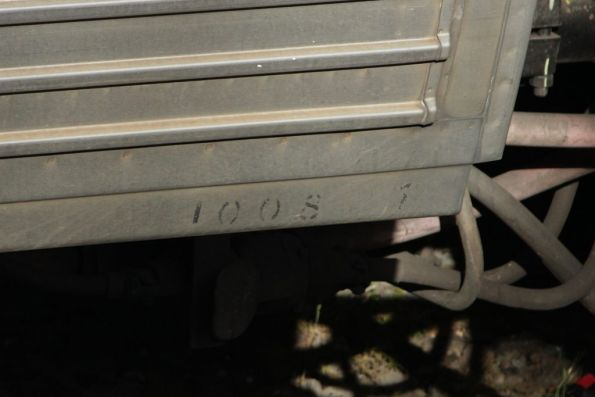 Stencilled carriage number on the bottom carbody corner of Comeng 1008T