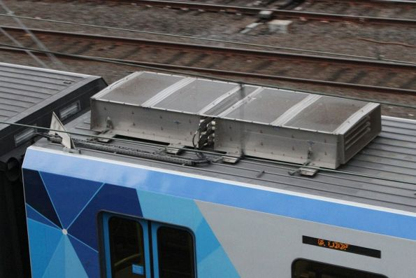 Resistor grids on the roof of an X'Trapolis train