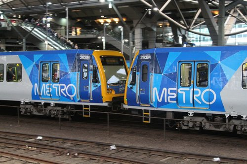 Sequential X'Trapolis carriages 262M and 263M coupled at Southern Cross Station