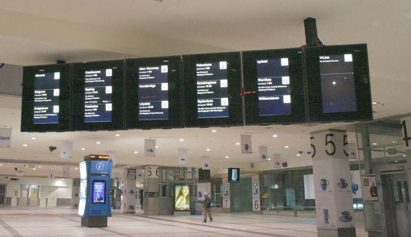 PIDs at Flinders Street Station