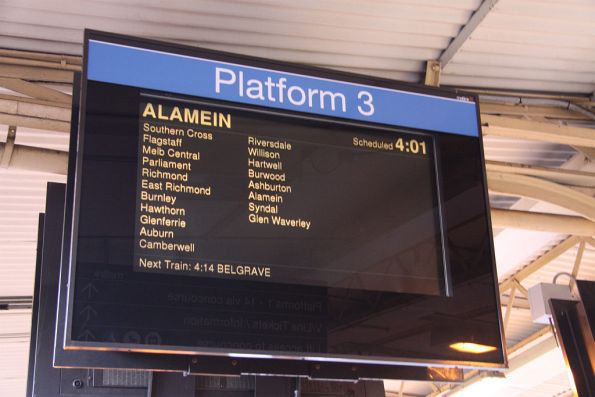 PIDS at Flinders Street - Alamein train continuing on to Syndal and Glen Waverley!