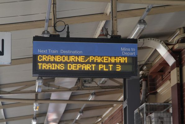 'Cranbourne / Pakenham trains depart platform 3' notice at Oakleigh platform 2