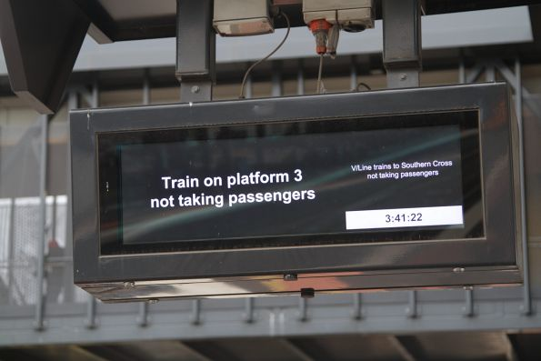 'Train on platform 3 not taking passengers' on the V/Line PIDS at Sunshine station