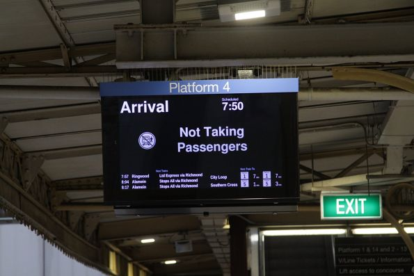 'Not taking passengers' service on the PIDS at Flinders Street Station