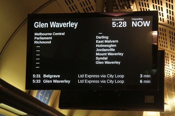 Glen Waverley service running express from Richmond to Darling station