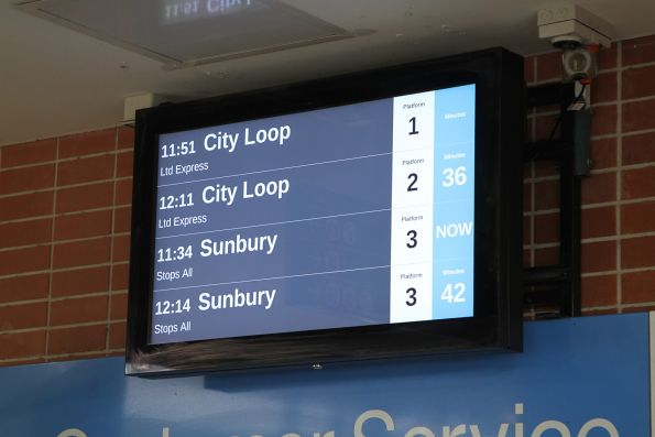 LCD PIDS on the overhead concourse at Watergardens station