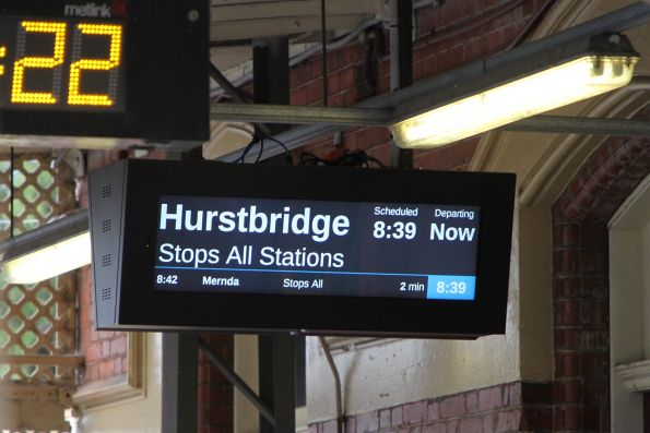 'Stops all stations' message on the LCD PIDS at Clifton Hill station