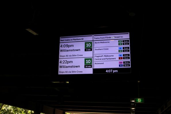 New format display at the approach to Flinders Street platform 10