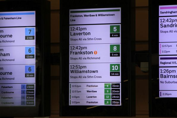 Disruption icon displayed for the Frankston line at Flinders Street Station