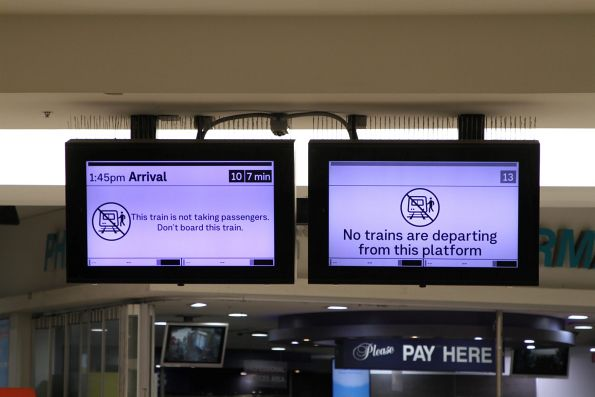 Screens for the next trains to depart Flinders Street platform 10 and 13