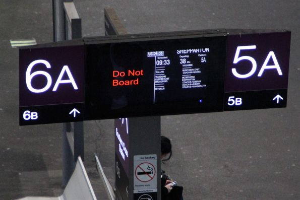 'Do Not Board' message at Southern Cross platform 6A