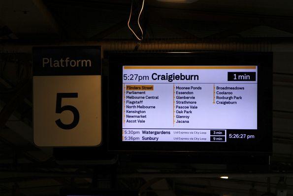 5.27pm train from Flinders Street platform 5 to Craigieburn via the City Loop