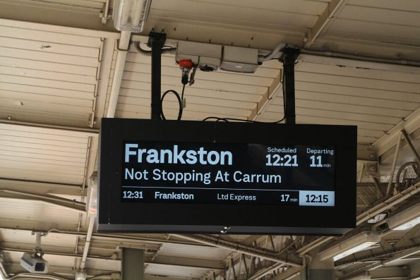 Frankston service 'Not stopping at Carrum' at Moorabbin