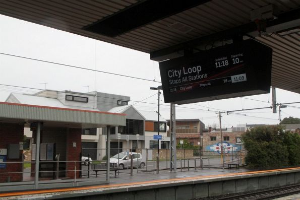 New LCD PIDS on the up platform at Seddon, older LED units on the down platform