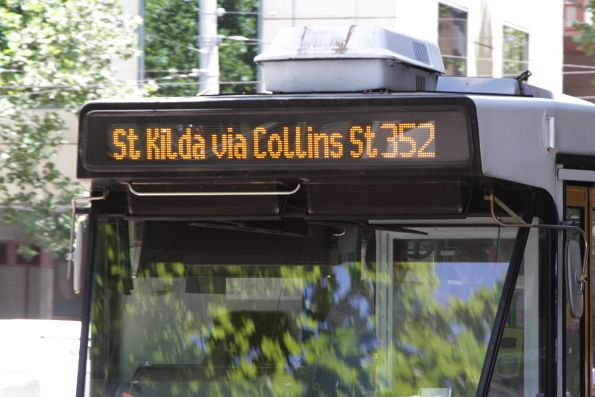 Route '352' destination displayed on an A2 class tram