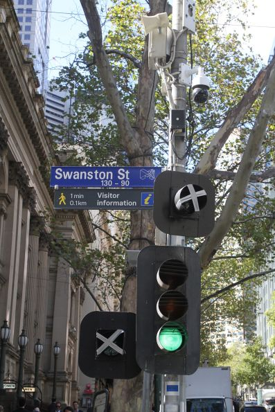 New 'T' light and bike head start awaiting commissioning eastbound at Collins and Swanston Street