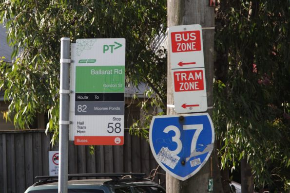 Combined tram and bus zone on Gordon Street, Footscray