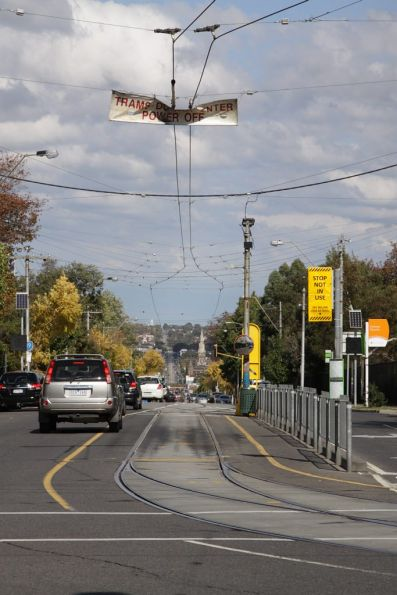 Single track at the route 16 terminus on Glenferrie Road