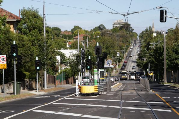 New single track route 8 terminus with platform stop on Toorak Road