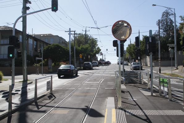 New route 8 tram terminus on Toorak Road - a long walk from Glenferrie Road