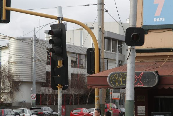 Another apparently disused 'T' light for trams approaching the Acland Street tram terminus in St Kilda