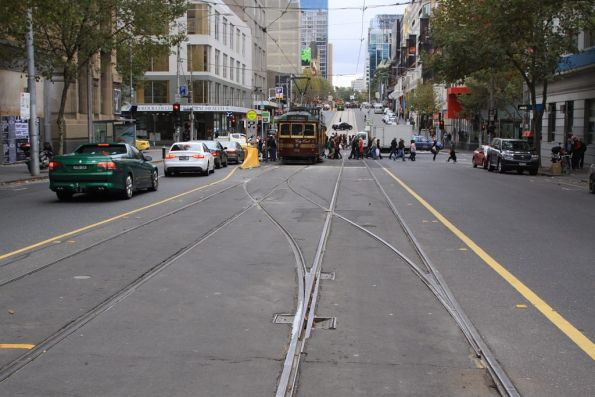 Single bladed point at the west end of the Elizabeth Street crossover on La Trobe Street