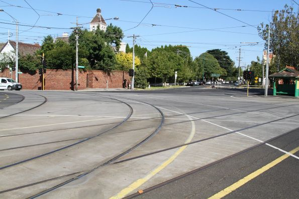 Curves at Dandenong Road and Hawthorn Road