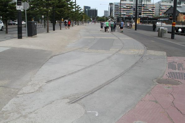 Disused tram track at Harbour Esplanade and La Trobe Street