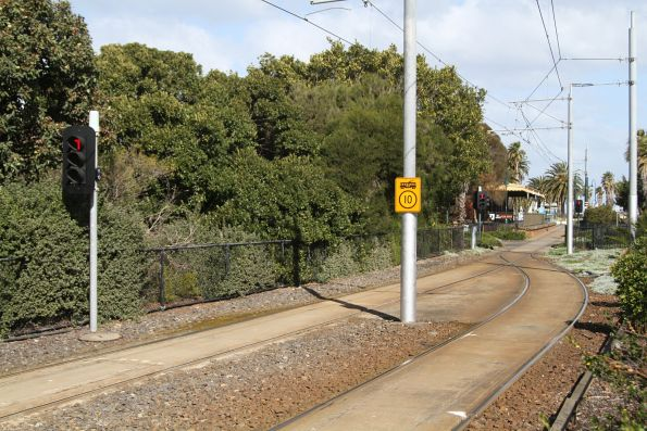 'T' light for trams approaching the single track route 109 terminus at Port Melbourne