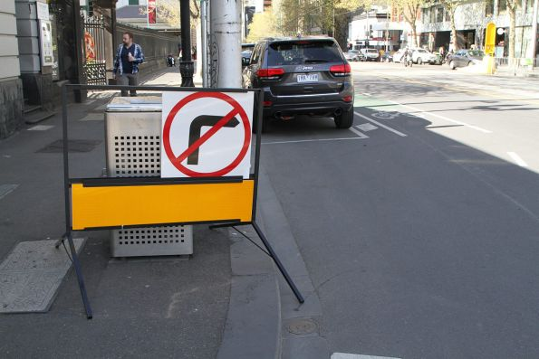 'No right turn' at the south to west corner of William and La Trobe Street