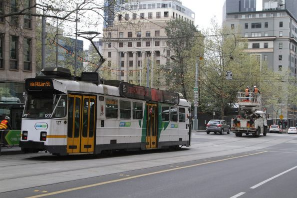 Z3.127 finally on the move, after the overhead lines at William and Collins Street have been repaired