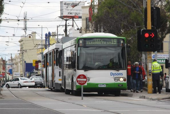 Changeover from tram to Dysons replacement bus 4303AO on route 19 at Sydney Road and Park Street