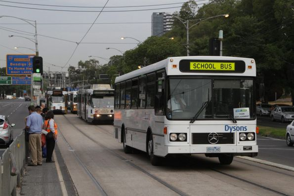 Dysons #269 rego 0916AO now empty after dropping off route 59 passengers on Flemington Road