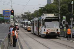 B2.2054 on Flemington Road leads a queue of arriving rail replacement buses