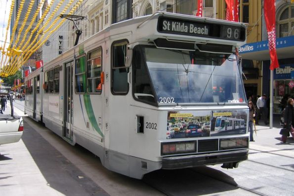 B1.2002 on route 96 westbound on Bourke Street Mall