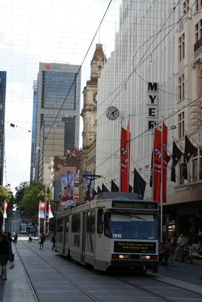 B2.2045 heads east on route 86 in the Bourke Street Mall
