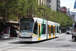 D1.3512 heads south on Swanston Street