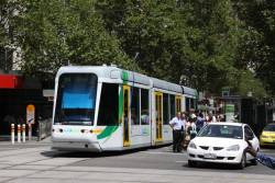 C.3012 in the YT Mk4 livery heads east on Collins Street with a route 109 service