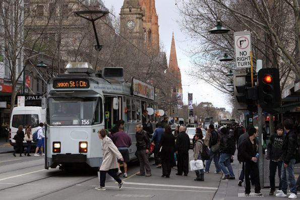 Z3.156 picks up passengers at the corner of Swanston and Bourke Streets