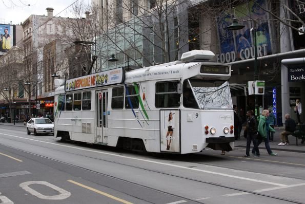 Z1.9 at the corner of Swanston and Bourke Streets